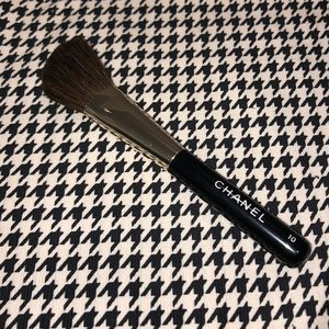 Authentic Chanel Tester Contouring Brush